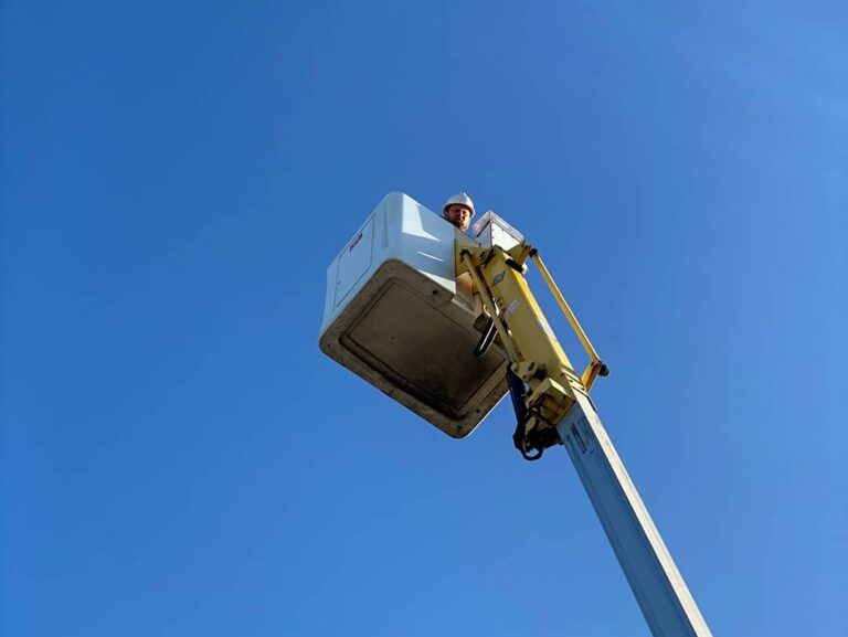 Blue sky day - Working at height in all weathers