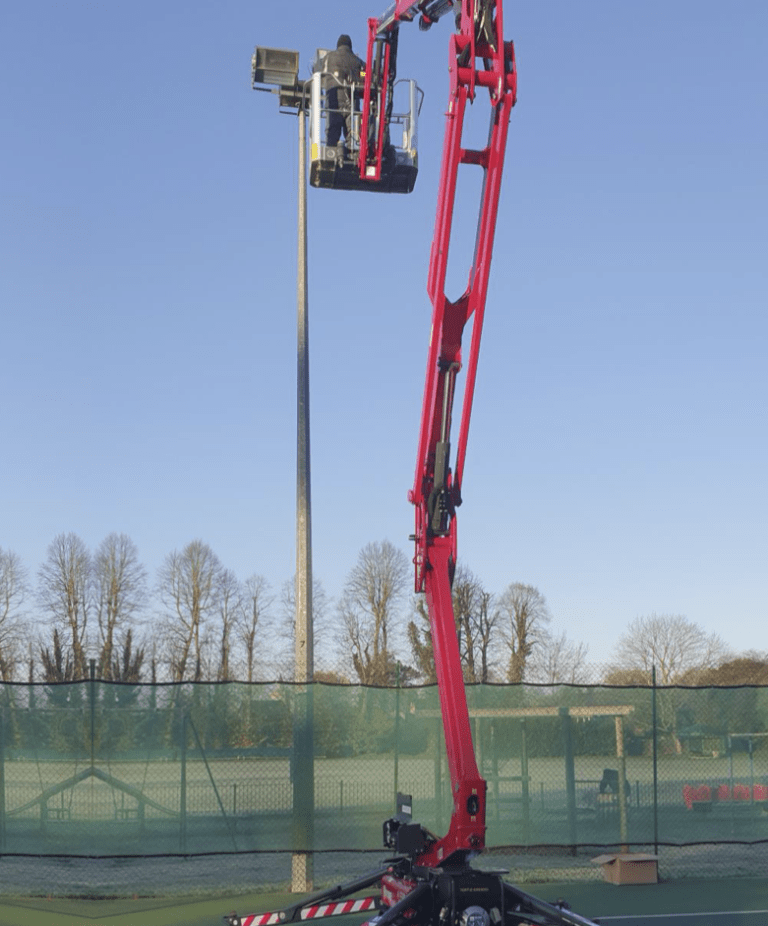 Leisure - 17m Hinowa Lightlift Spider Lift
