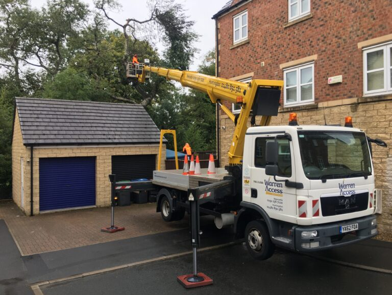 Warren Access are specialists in powered access hire - 33m Ruthmann truck mounted platform on hire for tree work.
