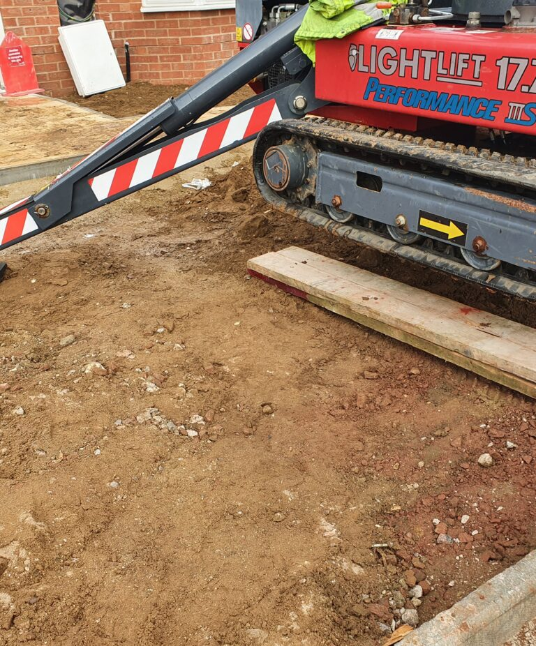 Ground conditions - 17m Hinowa Lightlift Tracked Access Platform