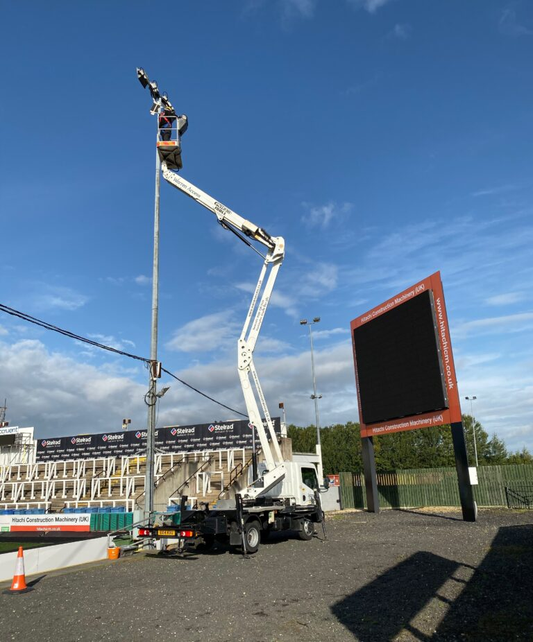 High Level Light Maintenance - 21M CTE Truck Mounted Platform