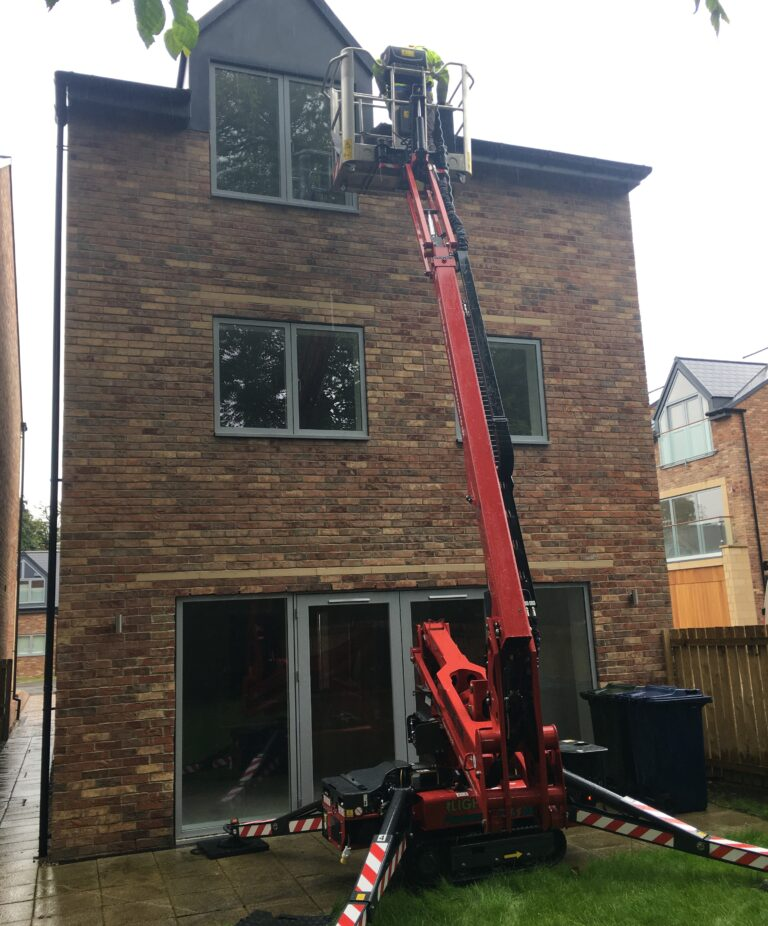 New Build Garden Access - 17m Hinowa Lightlift 1775 Tracked Access Platform