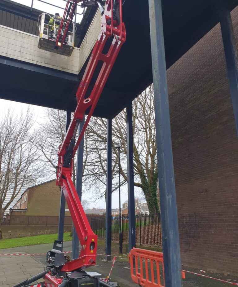 Building repair - 17m Hinowa Lightlift 1775 Tracked Access