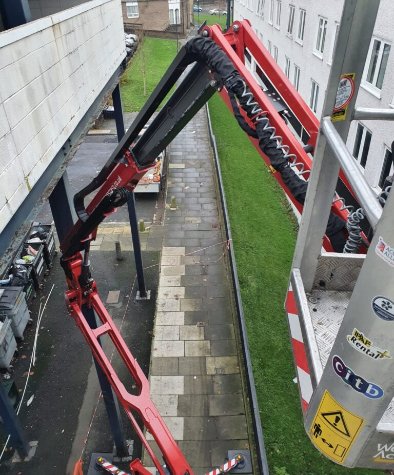 Boom View - 17m Hinowa Lightlift Tracked Access Platform