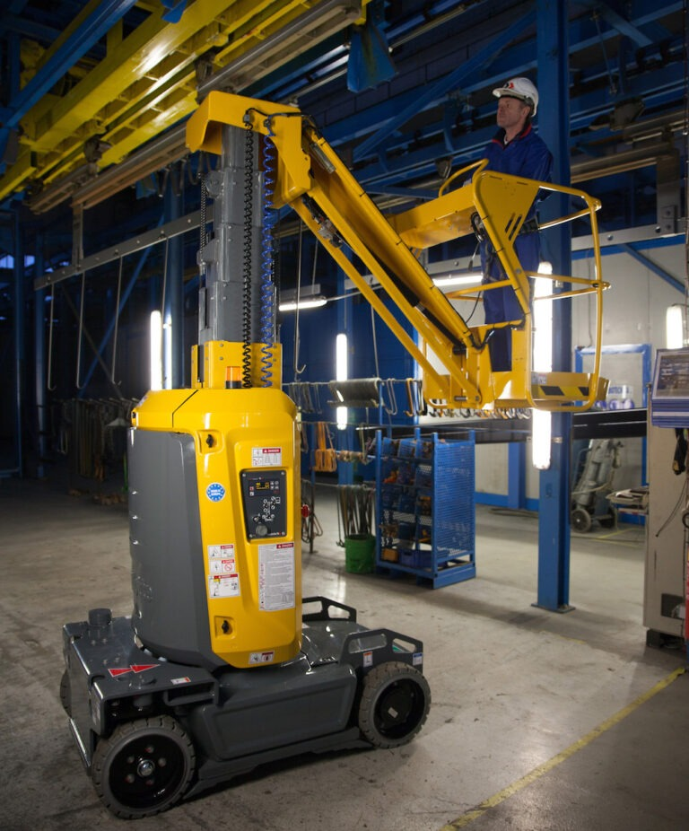 Tight Space - Star10 - Electric Vertical Mast Boom Lift