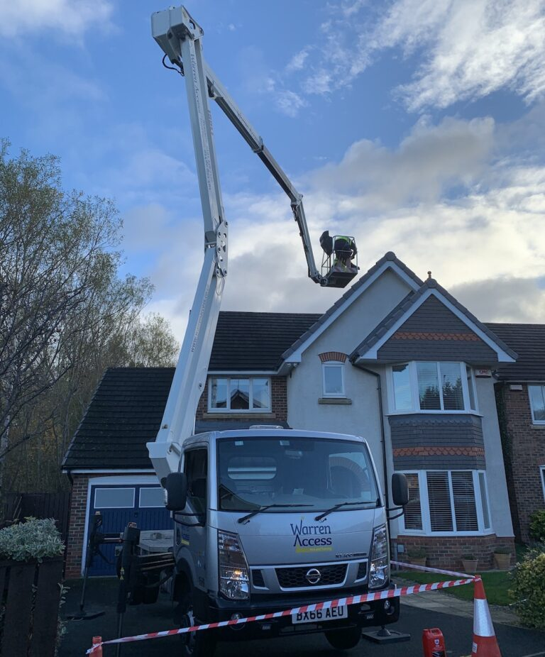 Roof Access - 21m Isoli PNT 210 JD4 Truck Mounted Platform