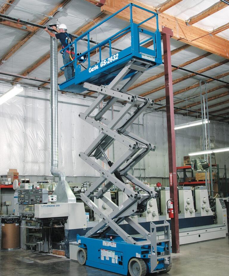 9.9m Genie GS2632 Narrow Electric Scissor Lift