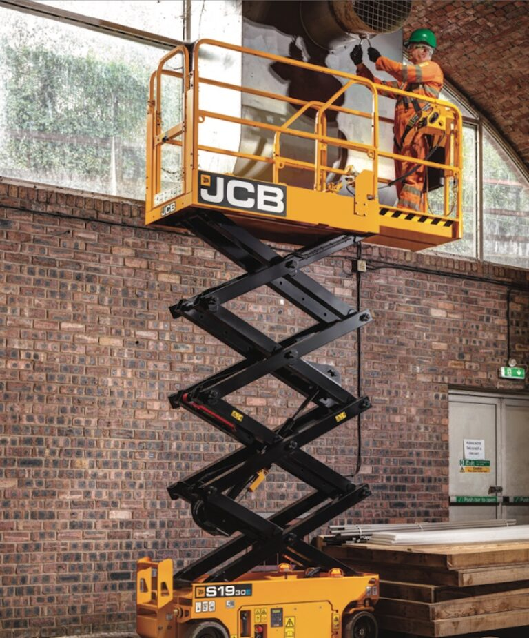 Brick work - 7.8m JCB S1930 Electric Scissor Lift