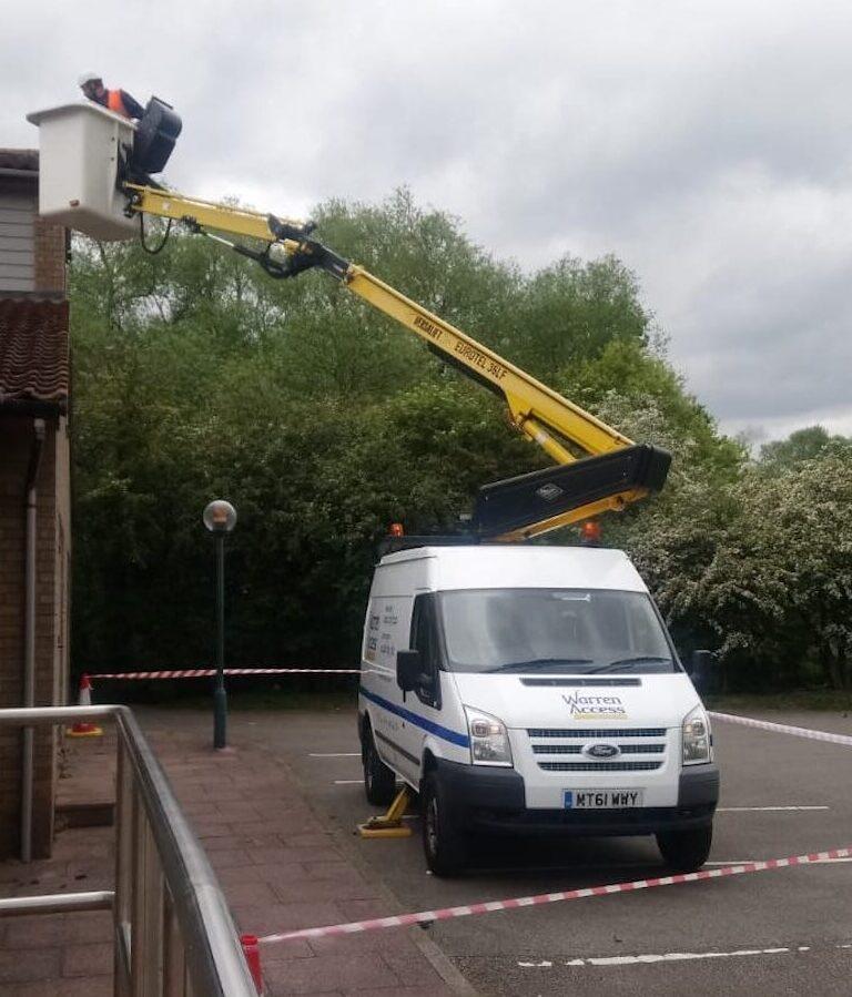 Roof Maintenance - 13m Versalift Van Mounted Platform