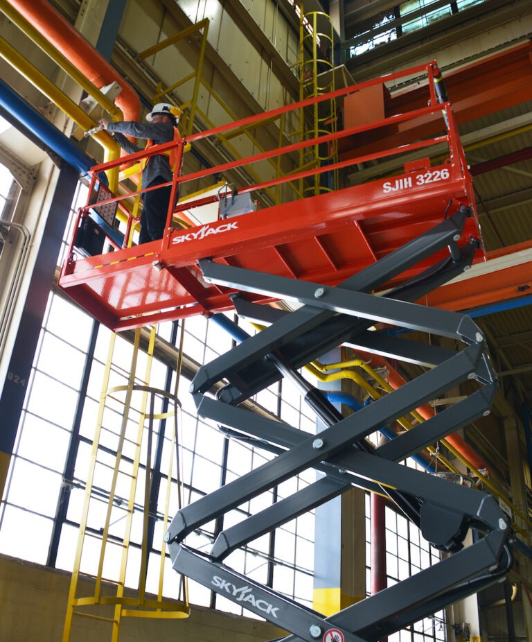 Maintenance - 9.75m Skyjack 3226 Narrow Electric Scissor Lift
