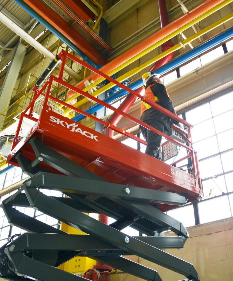 9.75m Skyjack SJIII 3226 Narrow Electric Scissor Lift