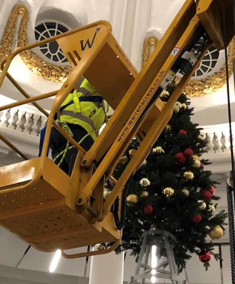 Indoor Maintenance - Star 10 - Electric Mast Boom Lift