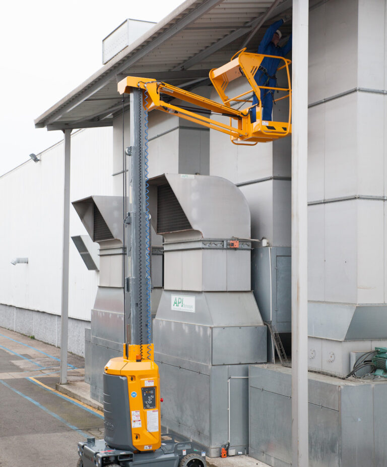 Outdoor cleaning - Star 10 Boom Lift