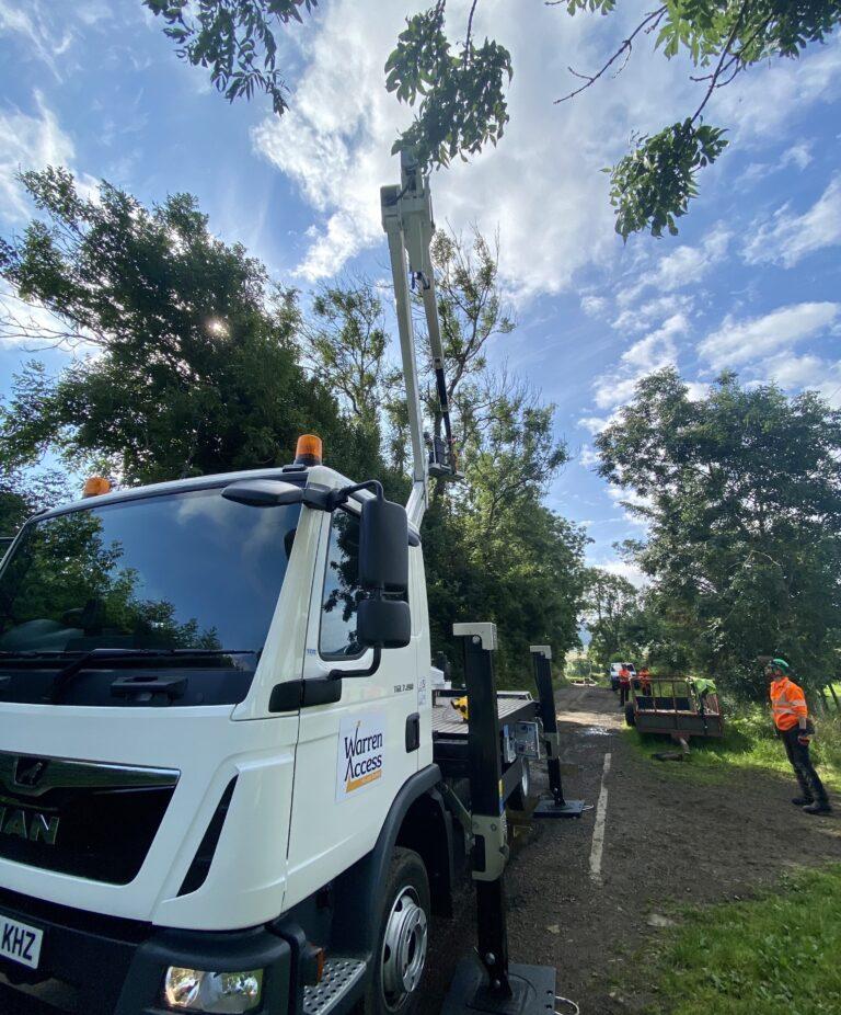 CTE ZED 26JH truck mounted lift platform - Tree work