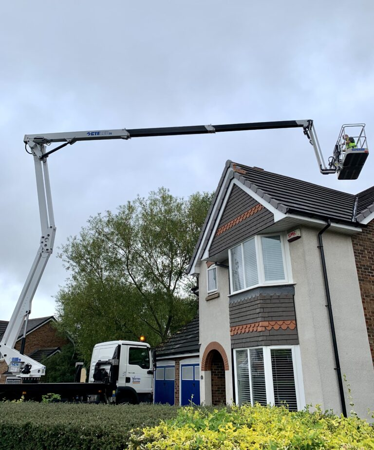 CTE ZED 26JH truck mounted lift platform - A perfect tool for roof inspections