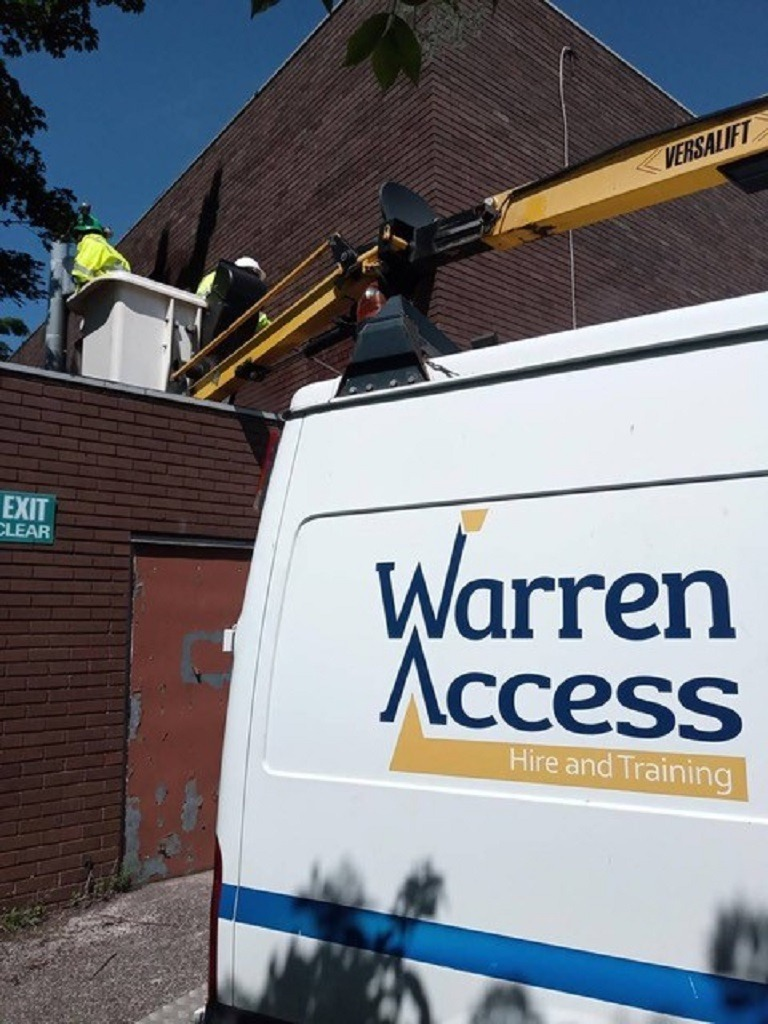 Warren Access assist Newcastle City Council with graffiti removal